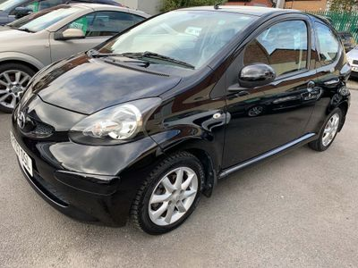 TOYOTA AYGO Hatchback 1.0 VVT-i Black Multimode 3dr