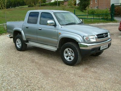 Toyota Hilux Pickup 2.5 Invincible 4dr