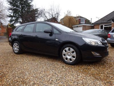 Vauxhall Astra Estate 1.3 CDTi ecoFLEX 16v Exclusiv (s/s) 5dr