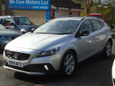 Volvo V40 Cross Country Hatchback 2.0 D3 Lux Nav Cross Country Geartronic (s/s) 5dr