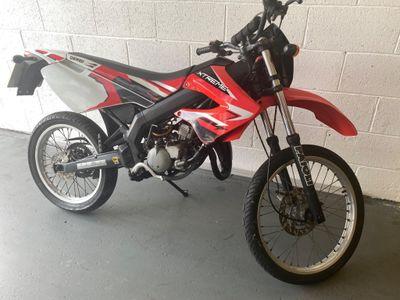 Derbi Senda R Moped 50 Ltd Edition