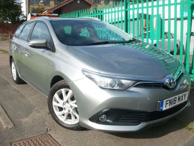 Toyota Auris Estate 1.8 VVT-h Icon Tech Touring Sports CVT (s/s) 5dr