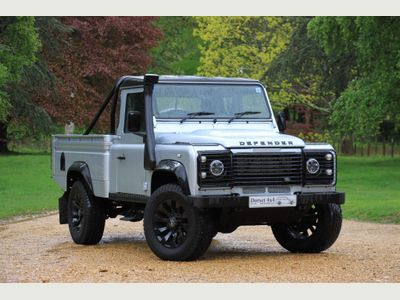 Land Rover Defender 110 Pickup High Capacity S/C Pick Up