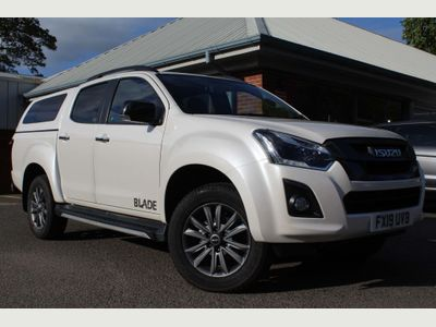 Isuzu D-Max Pickup 1.9 TD Blade Double Cab Pickup Auto 4WD 4dr
