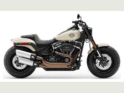 Harley-Davidson Softail Custom Cruiser 1870 Fat Bob 114