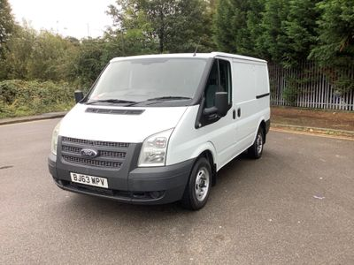 FORD TRANSIT Panel Van 2.2 TDCi 280 S Low Roof Panel Van 5dr (EU5, SWB)