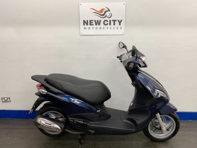 Piaggio Fly Scooter 125 125 3v LEM