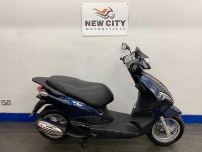 Piaggio Fly Scooter 125 125 3v LEM
