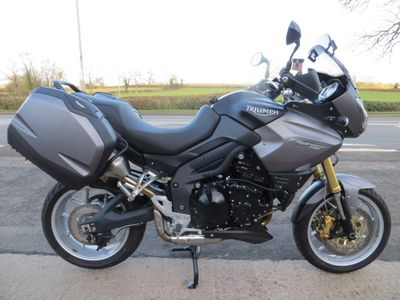 Triumph Tiger 1050 Adventure 1050 ABS