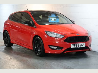 Ford Focus Hatchback 2.0 TDCi ST-Line Red Edition (s/s) 5dr