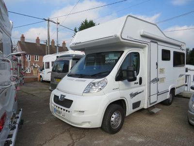 Elddis Autoquest 140 Coach Built **LOW MILEAGE**