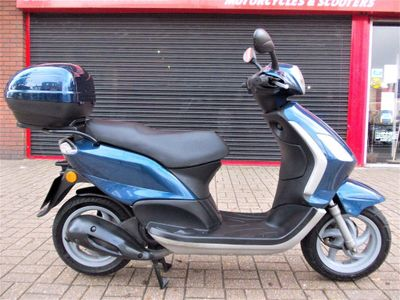 PIAGGIO FLY Scooter 125