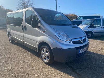 Vauxhall Vivaro MPV 2.0 CDTi 16v 2900 Combi 5dr (9 Seats, LWB)