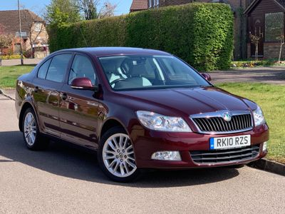 SKODA Octavia Hatchback 1.8 TSI Laurin & Klement DSG 5dr