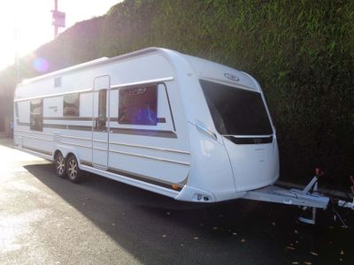 LMC 685 Vip Exquisit Tourer THIS CARAVAN IS IN NEW CONDITION.