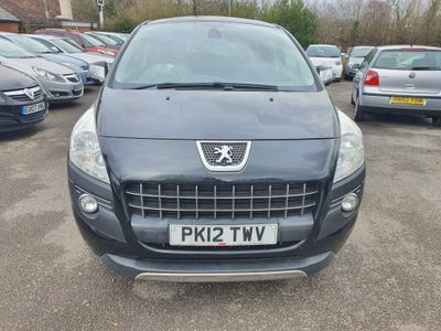 Peugeot 3008 SUV 1.6 HDi FAP Exclusive 5dr