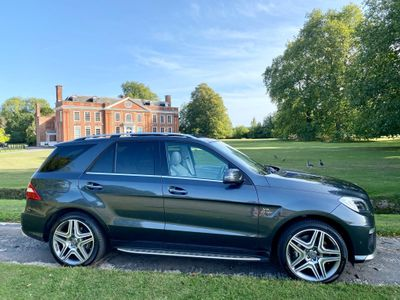 Mercedes-Benz M Class SUV 5.5 ML63 AMG (Premium) Speedshift Plus 7G-Tronic 5dr