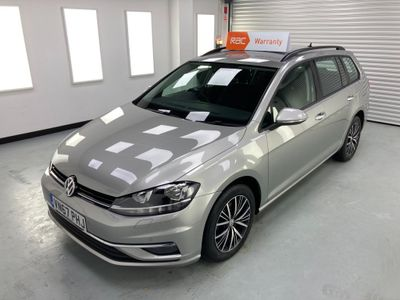 Volkswagen Golf Estate 1.6 TDI BlueMotion Tech SE Nav (s/s) 5dr