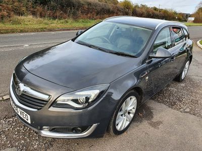 Vauxhall Insignia Estate 2.0 CDTi BlueInjection SRi Sport Tourer (s/s) 5dr