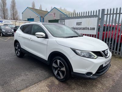 Nissan Qashqai SUV 1.5 dCi N-Vision 5dr (18in Alloys)