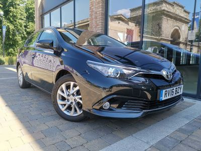 Toyota Auris Hatchback 1.2 VVT-i Icon CVT (s/s) 5dr (Safety Sense)