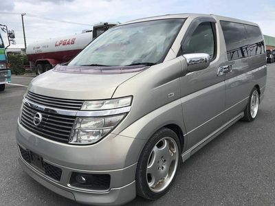 Nissan Elgrand MPV X