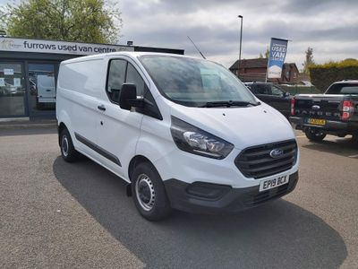 Ford Transit Custom Panel Van CUSTOM 300 L1 130 PS **A/C**
