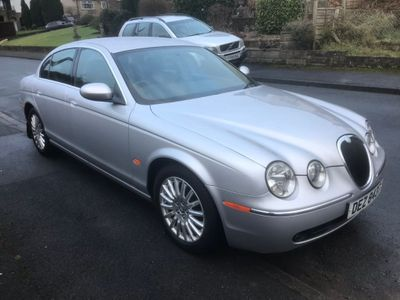 Jaguar S-Type Saloon 2.5 V6 Plus 4dr