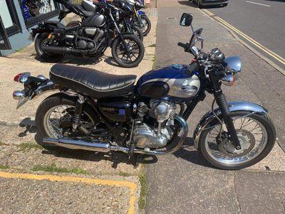 Kawasaki W650 Naked EJ