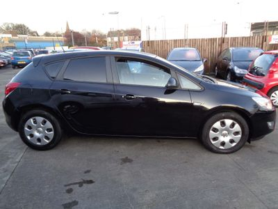 Vauxhall Astra Hatchback 1.7 CDTi Exclusiv 5dr