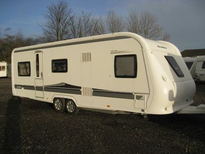 Hobby 645 VIP Tourer 2012 5 BERTH FIXED BED