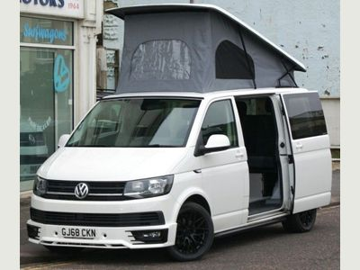 Volkswagen Transporter Campervan T6 2.0TDi SWB 5 SEAT 4 BERTH CAMPERVAN WITH TAILGATE & SPORT STYLING