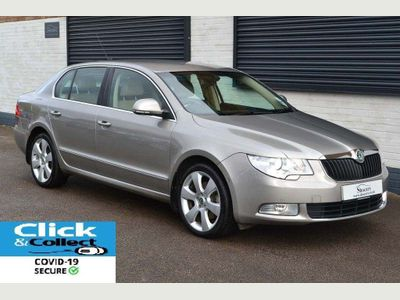 SKODA Superb Hatchback 2.0 TDI CR Elegance 5dr