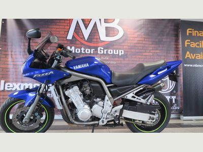 Yamaha FZS1000 Sports Tourer 1000 Fazer