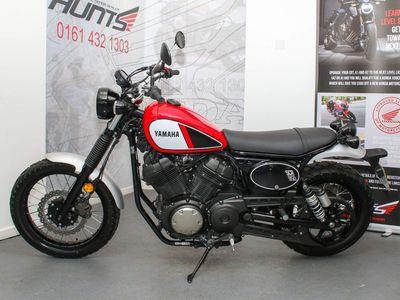 Yamaha SCR950 Naked 950