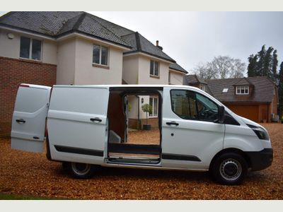 Ford Transit Custom Panel Van 2.0TDCI 270ECOTEC L1H1 EU6 130BHP6DR A/C