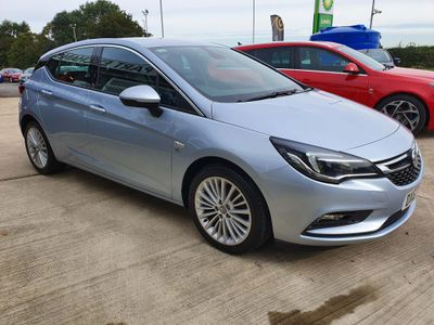 Vauxhall Astra Hatchback 1.6 CDTi ecoTEC BlueInjection Elite Nav (s/s) 5dr