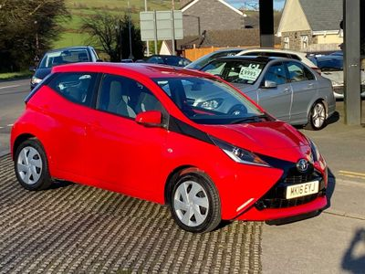 Toyota AYGO Hatchback 1.0 VVT-i x-play x-shift 5dr EU5