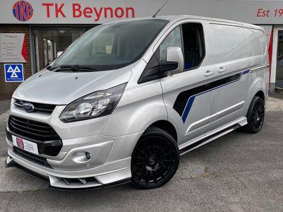 Ford Transit Custom Panel Van 2.2 TDCi 270 ECO EXCLUSIVE MOTORSPORT