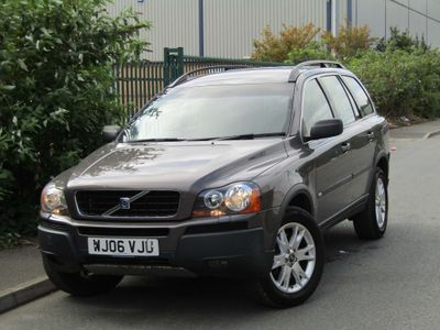 Volvo XC90 SUV 2.5 T SE Geartronic AWD 5dr