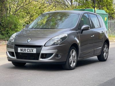 Renault Scenic MPV 1.5 dCi Dynamique TomTom 5dr
