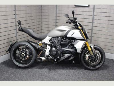 Ducati Diavel Custom Cruiser 1260 S ABS
