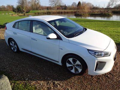 Hyundai Ioniq Hatchback 28kWh Premium SE Auto 5dr