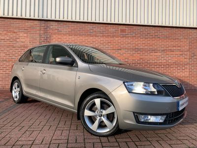 SKODA Rapid Spaceback Hatchback 1.6 TDI CR SE Tech Spaceback DSG 5dr