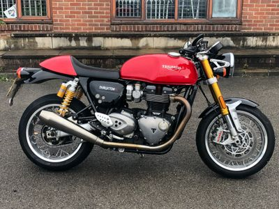 Triumph Thruxton 1200 R Roadster/Retro 1200 R Cafe Racer