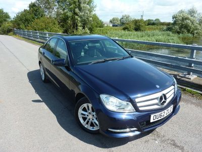 MERCEDES-BENZ C CLASS Saloon 2.1 C220 CDI BlueEFFICIENCY SE (Executive) 4dr (COMAND)