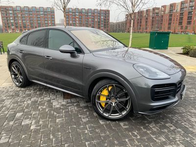 Porsche Cayenne Coupe 4.0 V8 14.1kWh Turbo S Tiptronic 4WD (s/s) 5dr