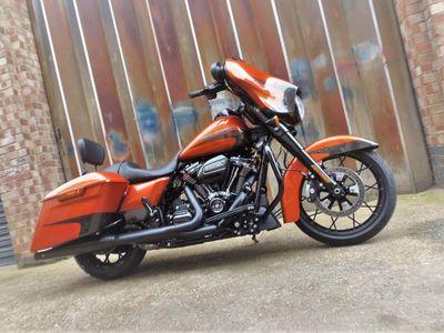 Harley-Davidson Touring Tourer 1750 Street Glide