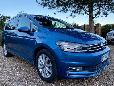 Volkswagen Touran MPV 1.4 TSI BlueMotion Tech SEL DSG (s/s) 5dr