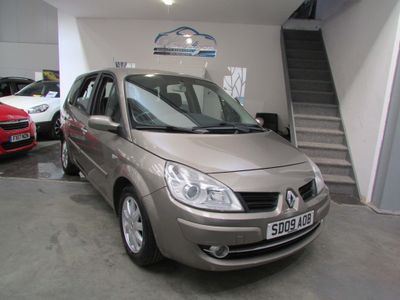 Renault Grand Scenic Hatchback 1.6 VVT Dynamique 5dr (7 Seats)